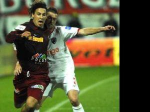 Egal de luptă în derbiul CFR Cluj - Dinamo 01