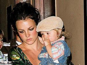 Justiţie: Britney Spears a obţinut dreptul de a-şi vizita copiii