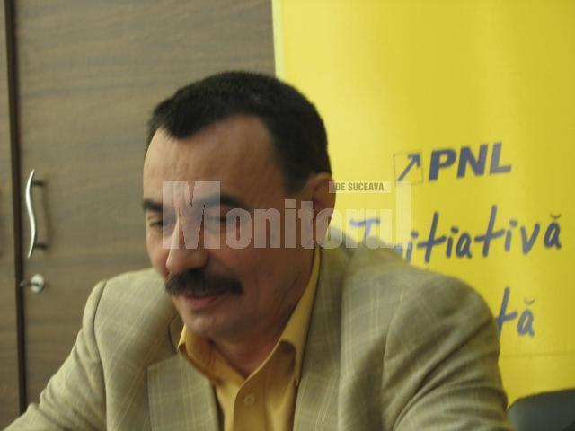 Consideraţii: Sandu Capră: Geoană nu are influenţă asupra propriilor colegi de partid