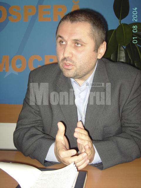 """Strategii democrate: Organizaţia Municipală Suceava a PD lucrează la """"Biblia democratului"""""""