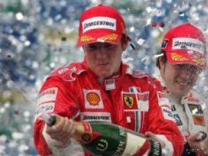 Şampania fericirii a început să curgă pentru Raikkonen încă de duminică seară