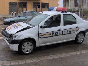 Maşina Poliţiei a încercat să evite accidentul, dar nu a reuşit