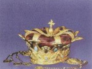 O surpriză deosebită: Expunerea la Suceava a coroanei de aur a reginei Maria