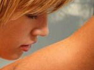 Persoanele cu o activitate intensă au nevoie de un deodorant cu dublu efect