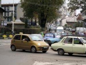 Nemulţumiri: Trafic de calvar pe străzile Sucevei