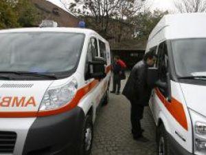 Sănătate: 450 de ambulanţe noi