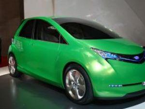 Ecologic: Subaru G4e EV curent electric, priză
