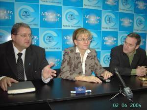 Maria Grapini, s-a aflat joi în campanie electorală în judeţul Suceava