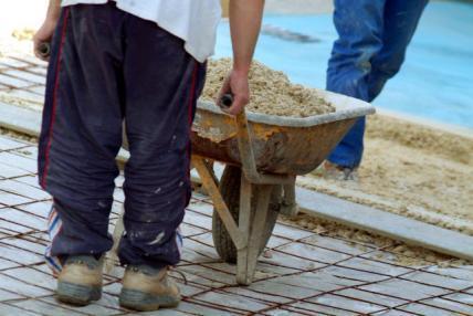 Românii: Locul 5 în UE în funcţie de numărul de ore lucrate pe săptămână