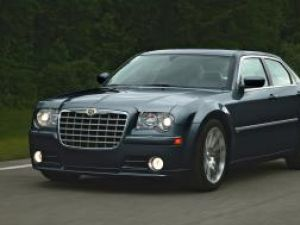 Lansare: Chrysler 300C, fast în stil american