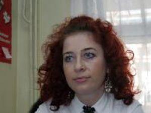 Daniela Creţu lucrează de şase ani ca expert superior la Asistenţă Maternală Profesionistă