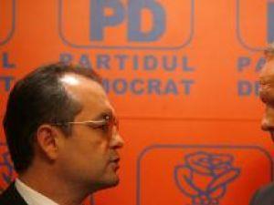 Emil Boc şi Theodor Stolojan, liderii politici care au decis formare Partidul Democrat Liberal (Răzvan Chiriţă, Mediafax)