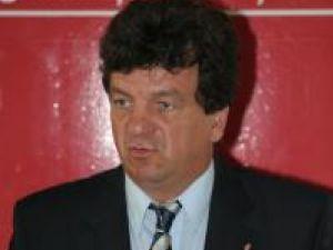 """Virginel Iordache: """"Ar trebui revizuit contractul încheiat cu firma Rosal"""""""