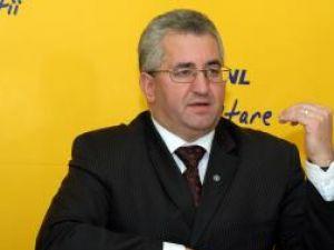 """Ion Lungu: """"Îi aştept pe adevăraţii liberali în PNL"""""""