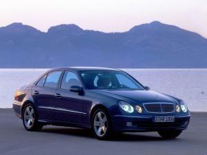 Exclusiv: Mercedes E-Klasse, toate pânzele sus!