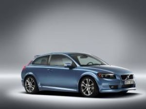 Premieră: Volvo C30 va avea spate!