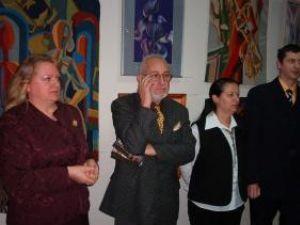Artişti plastici Lucia Puşcaşu, Puşa Pîslaru şi Cătălin Alexandru Chifan şi criticul de artă Valentin Ciucă