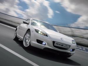 Eveniment: Mazda RX-8 celebrează 40 de ani ...putere