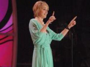 Caritate: Sharon Stone, implicată în lupta anti-SIDA