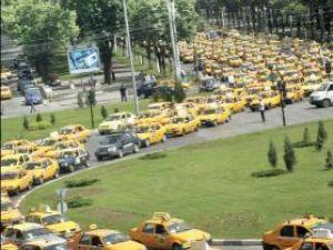 La începutul lunii octombrie taximetriştii au manifestat în Capitală