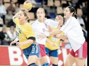 România va avea diseară un meci dificil în faţa ţării gazdă