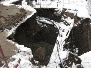 Malul de pământ surpat peste muncitor