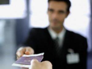 Întârzieri: Paşapoartele electronice, amânate din nou