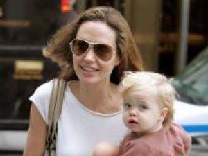 """Angelina Jolie:: Shiloh este """"ciudata"""" familiei"""