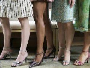 Probabilităţi crescute: Femeile cu picioare scurte pot suferi de boli ale ficatului