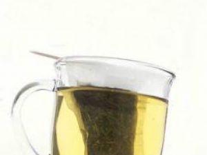 Ceaiul verde încetineşte răspândirea cancerului la prostată