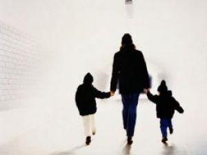 Studiu: Plimbările zilnice timp de 30 de minute, suficiente pentru a preveni obezitatea
