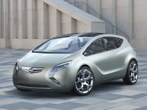 Opel Flextreme, pus pe economii mari