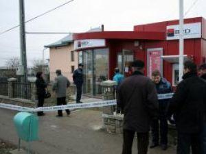 """Sediul BRD din Dumbrăveni, unul dintre locurile """"călcate de hoţi"""""""