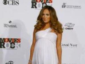 Jennifer Lopez, însărcinată în 6 luni