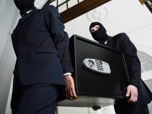 Casele de bani, atracţia hoţilor