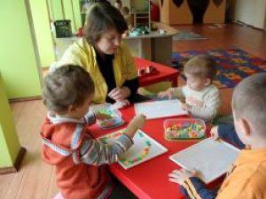 """Jocuri educative cu copiii de la """"Triki Riki"""""""