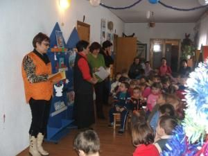 """Omagierea lui Eminescu la Grădiniţa cu Program Normal Nr. 16 ,,1-2-3"""" Suceava"""
