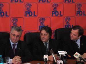 Politic: ULTIMĂ ORĂ: Lungu şi Tofan candidează pentru PD-L la primăriile Suceava şi Fălticeni