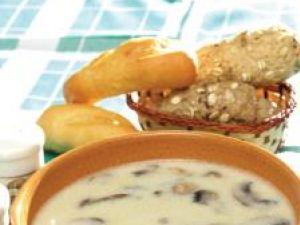 Supă de ciuperci cu smântână