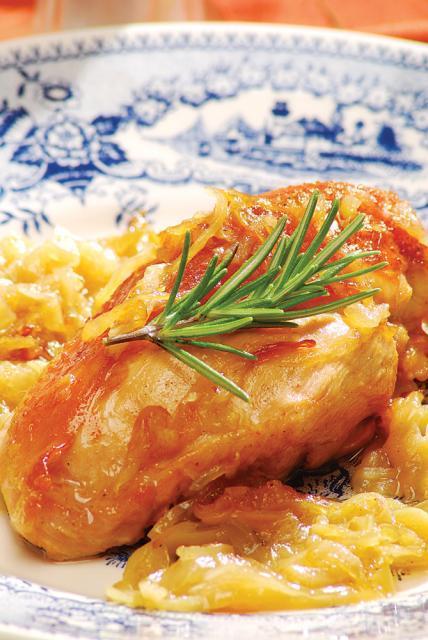 Găină în sos de ceapă