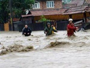 Pericol: Inundaţii la Dorna Arini
