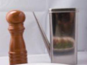 Berbecuţ cu spanac şi caju