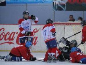 Tinerii hocheişti prezenţi pe Patinoarul din Suceava au oferit dispute interesante