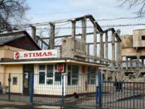 STIMAS va  concedia 211 dintre cei 340 de angajaţi