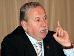 Măsuri: PNL a dizolvat organizaţia din Fălticeni