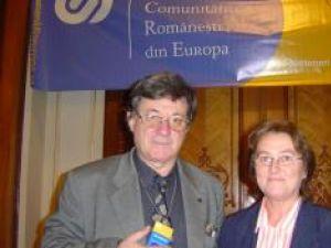 Florica Lupăşteanu, alături de actorul Ion Caramitru