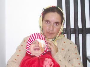 Adriana Solomon împreună cu mama ei