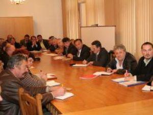 Discuţii la Prefectură