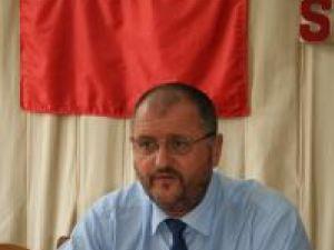 """Sfaturi: Onofrei le recomandă primarilor să nu se comporte ca """"moşierii"""""""