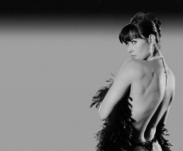 Demi Moore face terapie cu lipitori